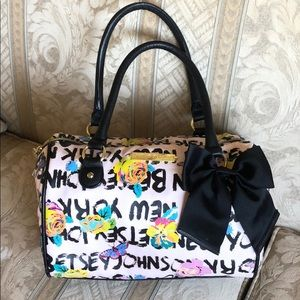 Betsey Johnson graffiti satchel bag! 💋